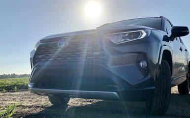 Toyota RAV4 Hybrid XSE 2019