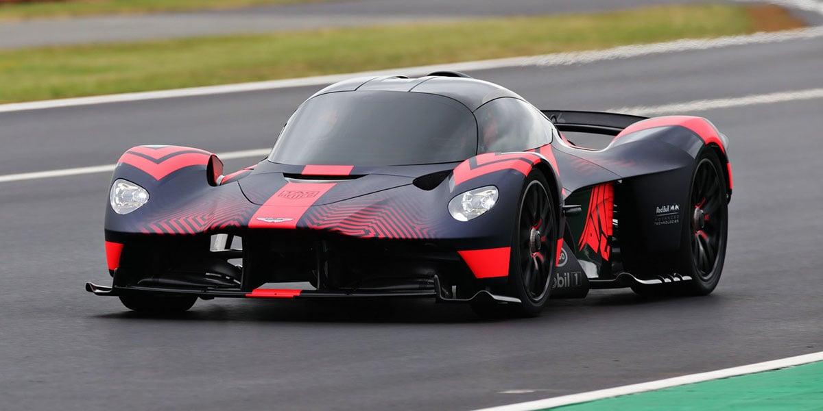 Debut dinámico del Aston Martin Valkyrie