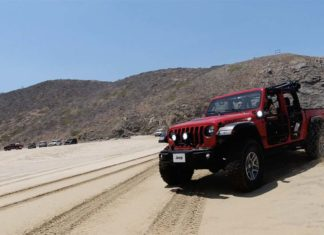 Test Drive Jeep Gladiator 2020