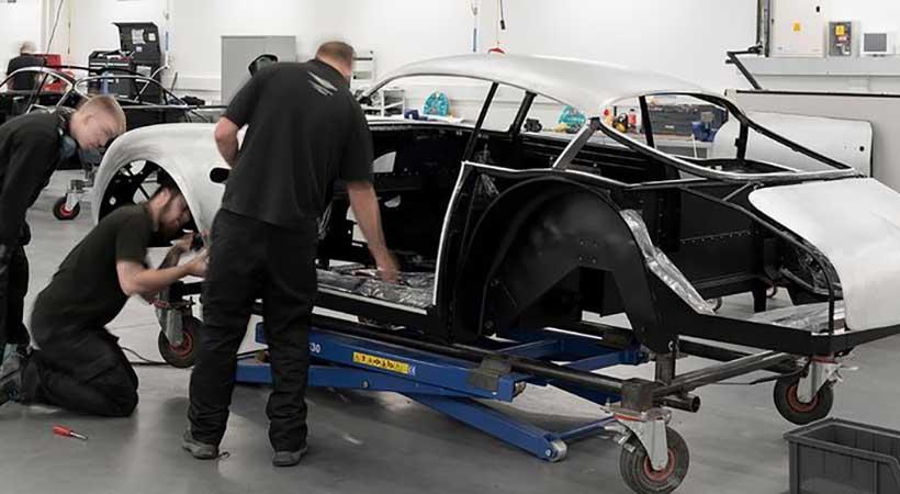 Inicia la producción del Aston Martin DB4 GT Zagato Continuation