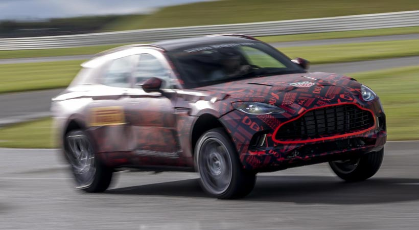 Aston Martin DBX con 548 hp