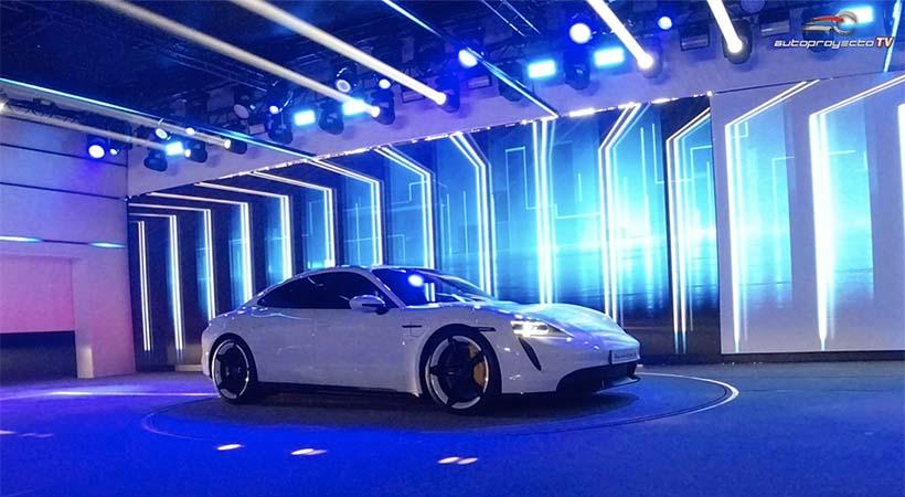 El Top 10 Porsche Taycan 2020 presenta las cifras más impresionantes del primer modelo 100% eléctrico la marca alemana que tuvo su triple debut global esta semana para marcar el inicio de una nueva era de movilidad sostenible.