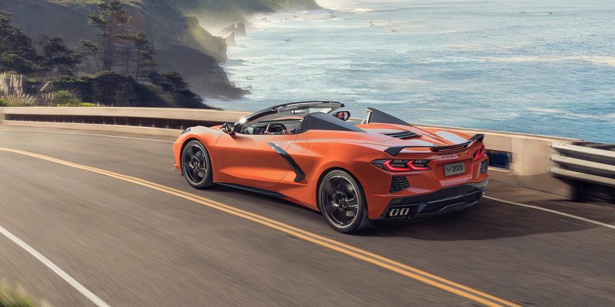 video Chevrolet Corvette Stingray Convertible 2020