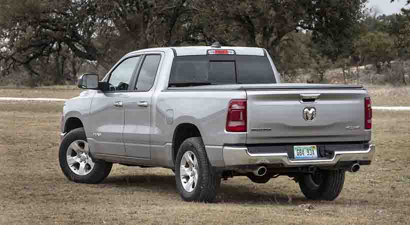 Ram 1500 Big Horn 2019 modificada por Mopar