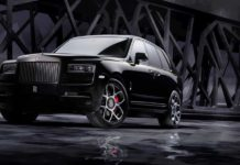 video Rolls-Royce Cullinan Black Badge