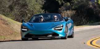 video McLaren 720S 2019