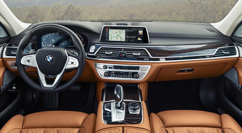 review BMW 750i