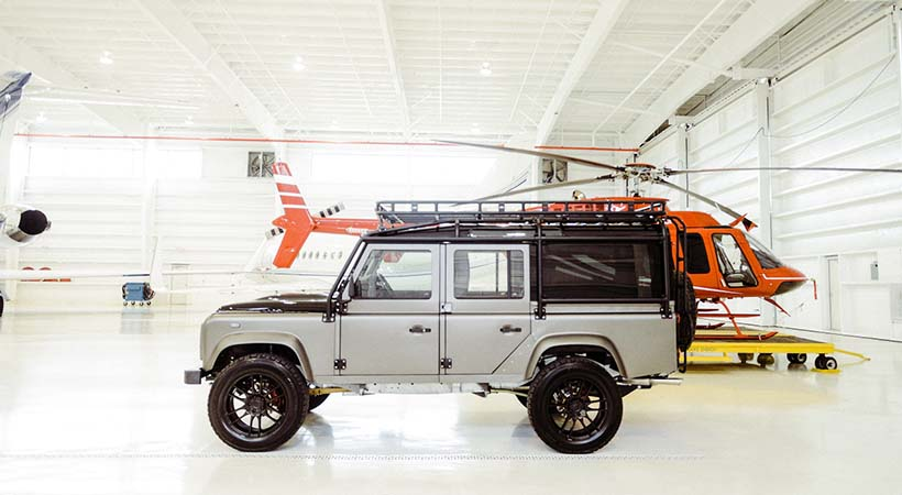 Osprey Land Rover Defender 110, obra de arte restomod