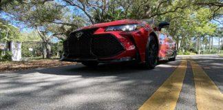 Test Drive Toyota Avalon TRD 2020, lujo con espíritu deportivo