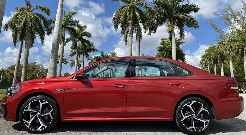 Test Drive Volkswagen Passat R-Line 2020