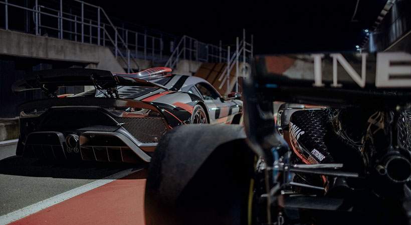 Lewis Hamilton conduce el AMG Project One