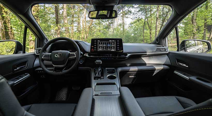 Toyota Sienna Woodland Special Edition 2022