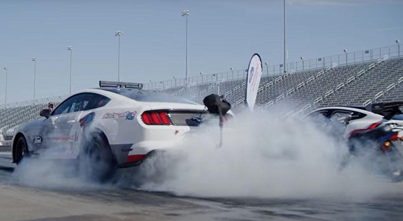 Mustang Mach-E 1400 vs Cobra Jet