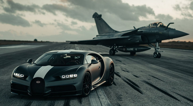 Bugatti Chiron Sport vs Jet Rafale